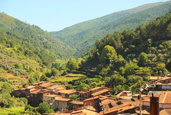 Vistas de Robledillo de Gata y el Valle del Árrago