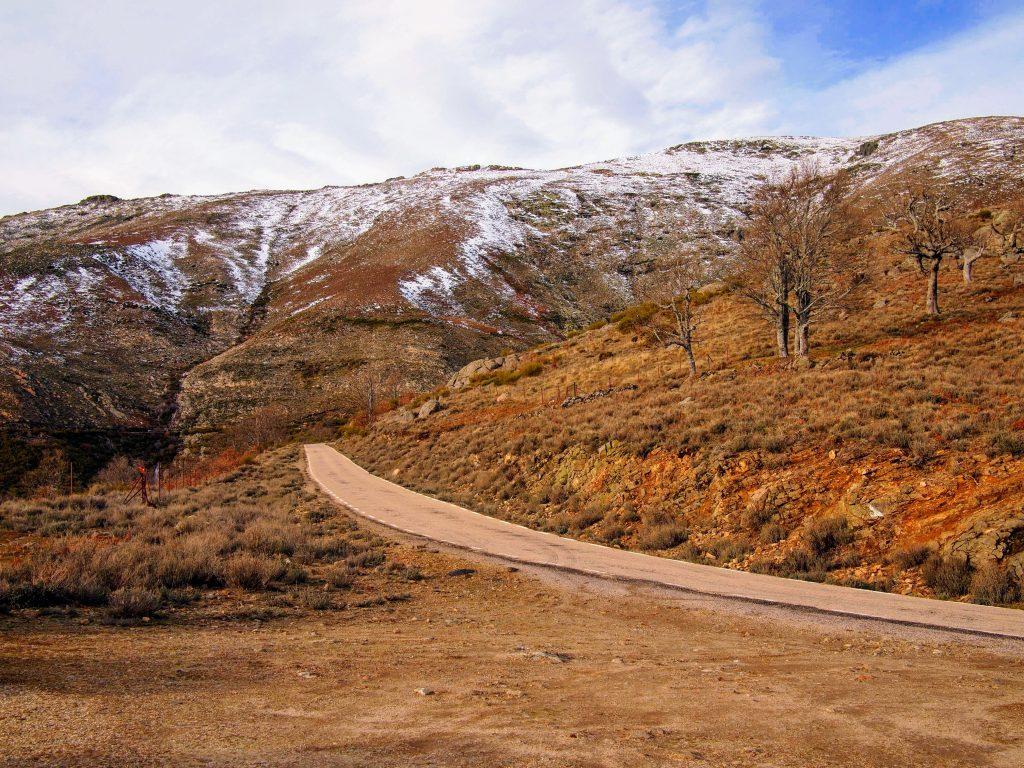 Puerto de Honduras nevado Valle del Ambroz y Valle del Jerte